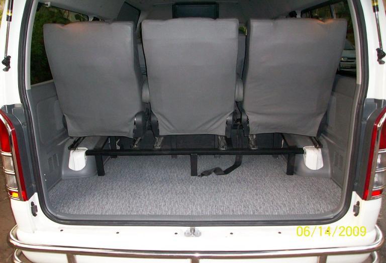 12 Seater Van >> Hire 9 Seater Toyota Commuter Van Delhi, Toyota Passenger Rental Service India, Toyota Commuter ...